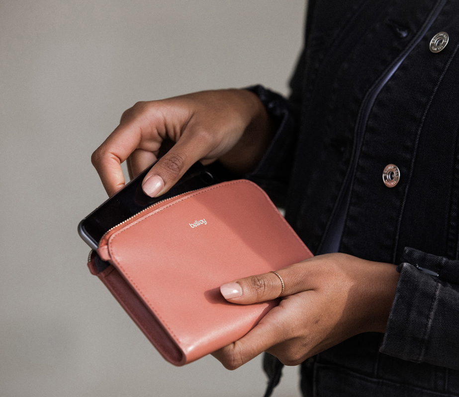Bellroy Pocket Leather Wallet in Blush